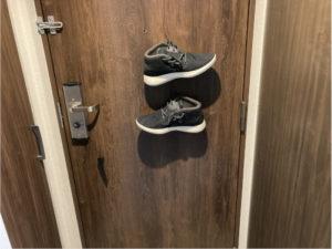 ドアにくっつくズービッツ