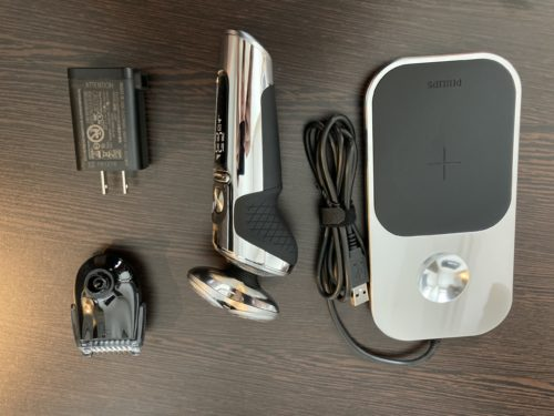 【PHILIPS】 S9000 Prestige。と充電パッドとか。