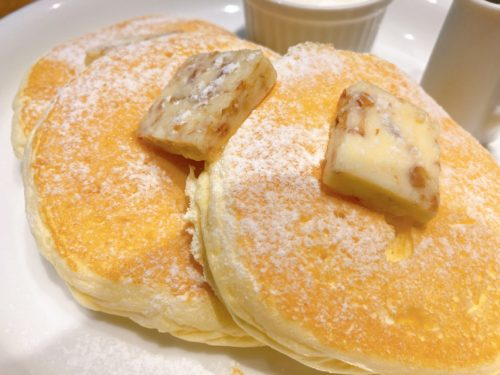 『VERY FANCY』のパンケーキ(PLANE)