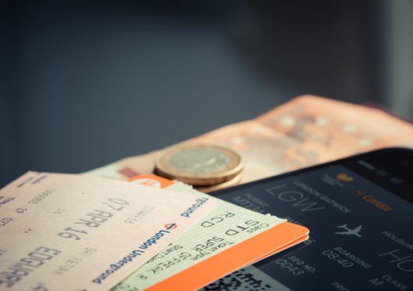 チケット。料金。